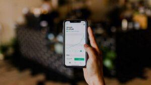 7 Rekomendasi Aplikasi Trading Saham Terbaik, Cocok untuk Pemula